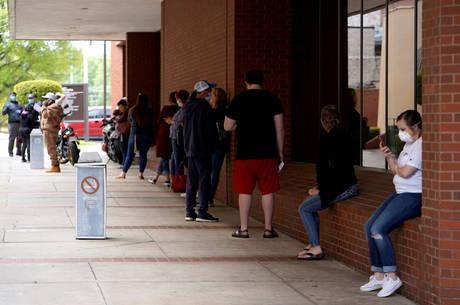 EUA teve novos 881 mil processos de desemprego