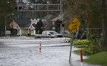 EUA: furacão Ida deixa danos 'catastróficos' em Nova OrleansVEJA MAIS