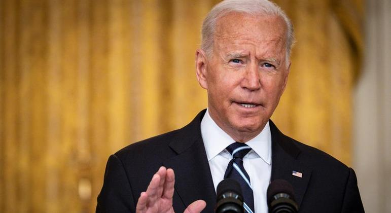 Biden ressaltou que o exército afegão se entregou sem luta