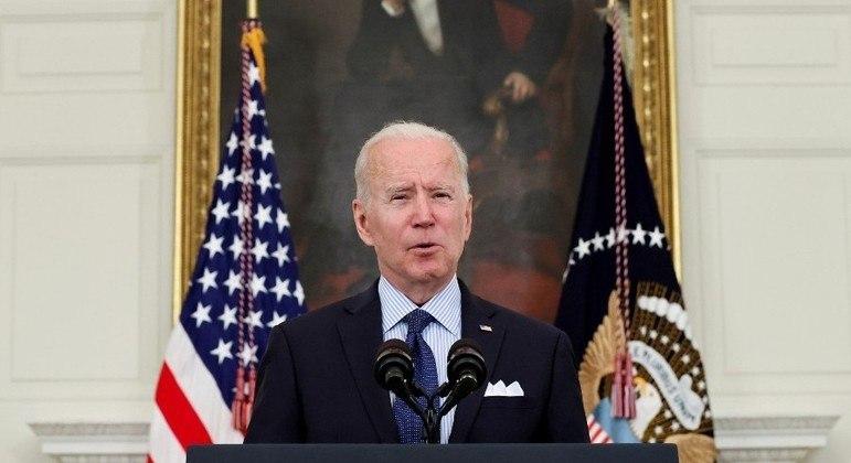 Biden anunciou nova meta de imunização em discurso na Casa Branca