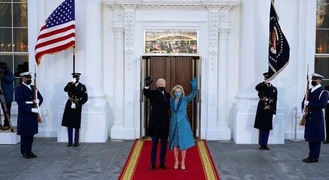 Entrada de Joe e Jill Biden já causa mudanças na Casa Branca
