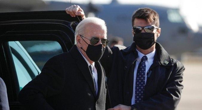 Sob um esquema de segurança inédito, Biden toma posse nesta 4ª