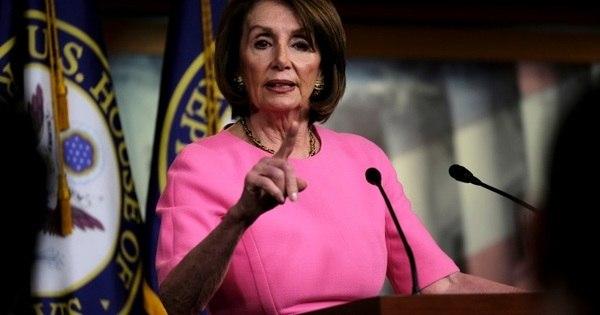 Deputada democrata acusa Trump de descumprir Constituição