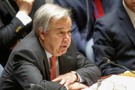 Secretário-geral da ONU pede solução política
