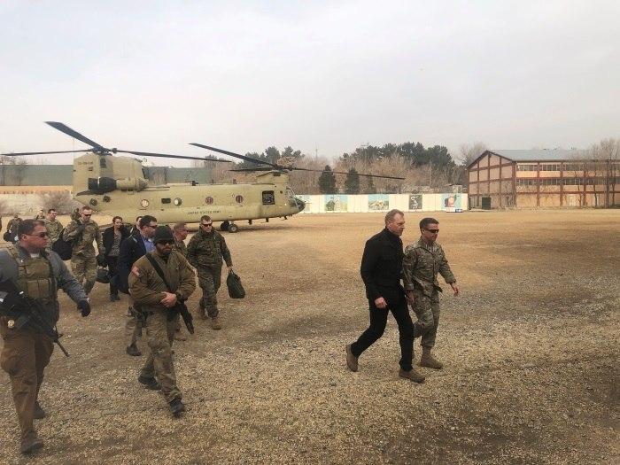 Chefe do Pentágono apoia papel do Afeganistão em conversas de paz