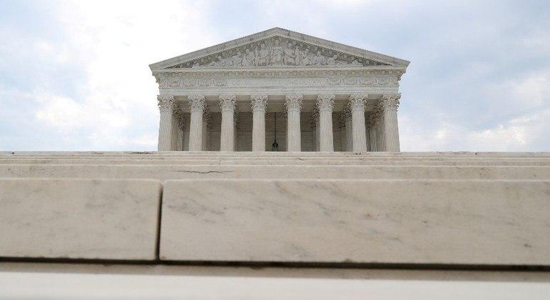 Suprema Corte liberou cultos e grupos de estudos  religiosos em casas na Califórnia