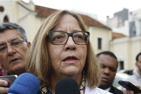 Médica: Bolsonaro chegou em estado de choque