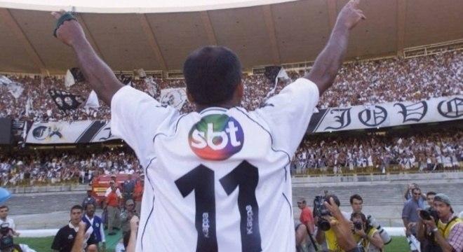 Eurico fez o Vasco jogar com o logotipo do SBT. Para cutucar a Globo