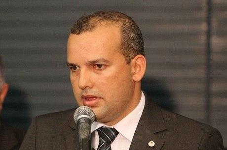 Eurípedes Filho, presidente do Pros, se entregou à PF