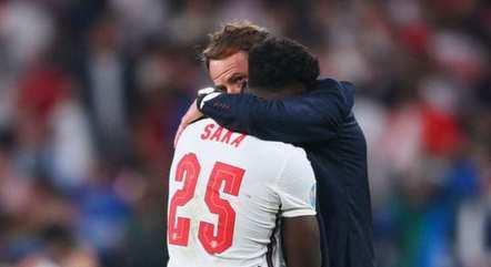 Bukayo Saka perdeu a cobrança decisiva na final da Eurocopa