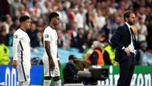 Técnico da Inglaterra revive trauma dos pênaltis na Euro 25 anos depois