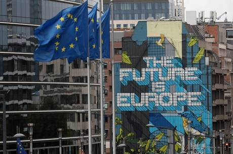 Contraditório: Parlamento Europeu tem 10% de eurocéticos