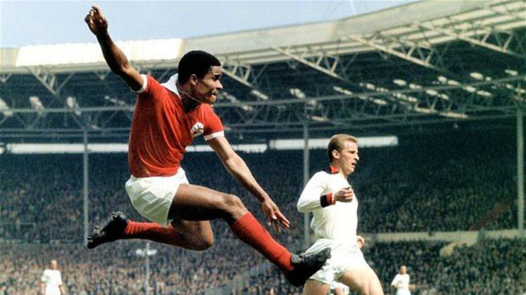 Eusébio: O ídolo português fez 46 gols em 63 partidas atuando somente pelo Benfica na Liga dos Campeões.