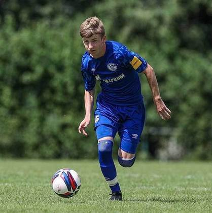 Evan Rotundo (EUA) - Clube: Schalke 04 (Alemanha) - Posição: Meia-ofensivo