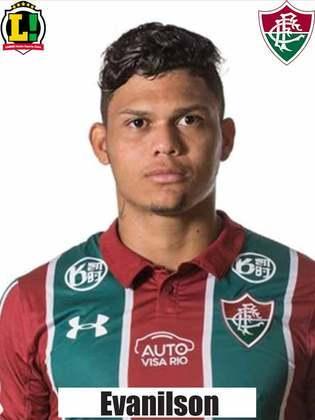 Evanílson - 5,5 - Apesar do bom volume de jogo do Fluminense, a bola pouco chegou no primeiro tempo. Porém, teve uma chance clara de ampliar o marcador, mas parou no goleiro Sidão.