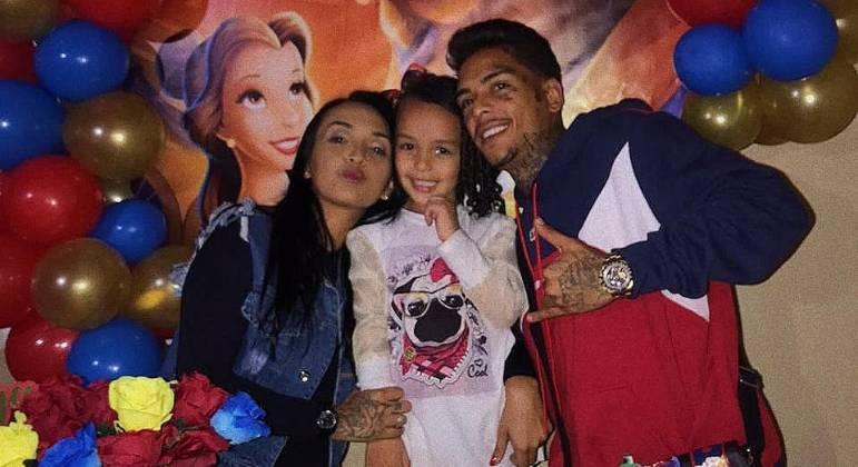 Evelin Gusmão é mãe de Soraya, de 5 anos, filha de MC Kevin