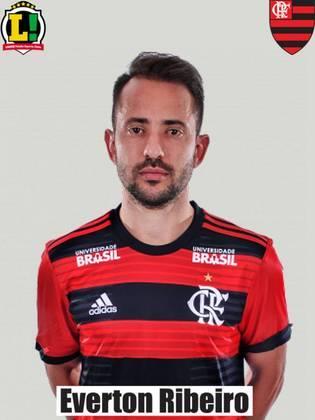 Everton Ribeiro - 4,5 - O capitão do Flamengo não chegou nem perto de encontrar o seu melhor futebol. Na etapa final, ainda buscou mais alternativas ao flutuar, mas foi a primeira opção para sair.