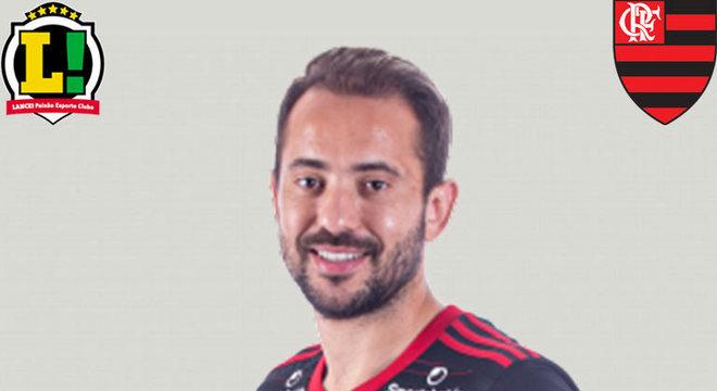 Everton Ribeiro - 5,5 - Apesar de alguns lampejos, mais uma atuação abaixo do camisa 7. Ainda destoa em relação aos companheiros e está longe de ser o jogador conhecido pela torcida.