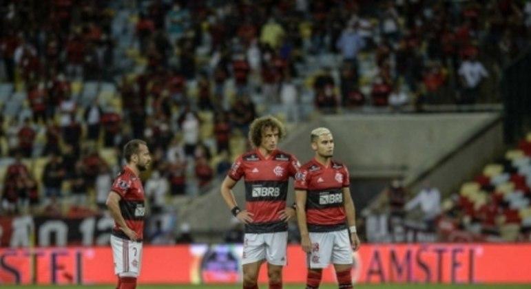 Everton Ribeiro, David Luiz e Andreas Pereira