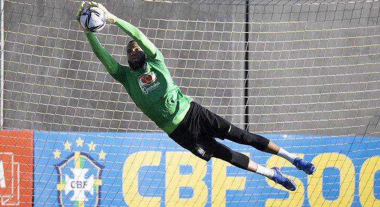 Everson, goleiro do Atlético-MG, faz a sua estreia com a camisa da seleção brasileira