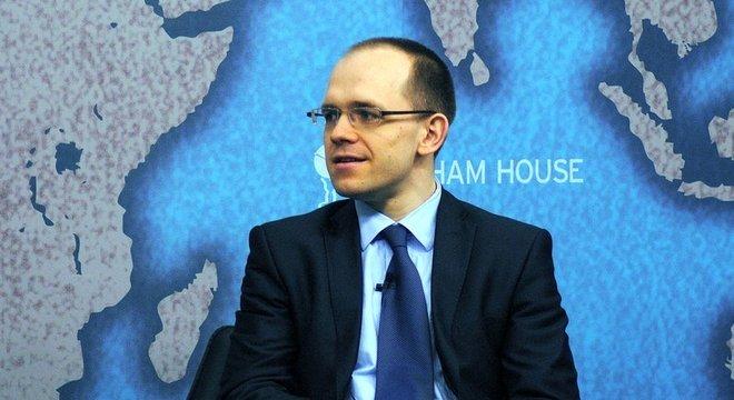 Evgeny Morozov é considerado um dos principais pensadores sobre a relação entre política e tecnologia, altamente crítico do Vale do Silício