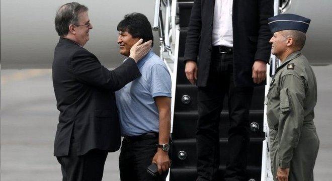 O asilo do México a Evo Morales causou polêmica no país