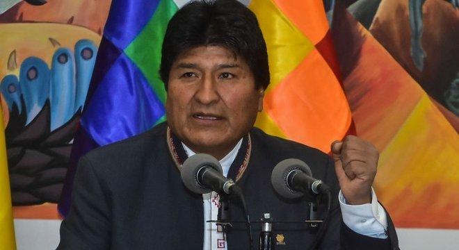 'Ganhamos com mais com mais de 10%, foi constitucional', diz Evo Morales à televisão estatal da Bolívia