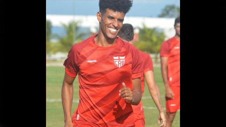 Ewerton Pascoa (CRB): o Galo tem a segunda melhor defesa do Campeonato Alagoano, e isso passa pela solidez defensiva de Ewerton Pascoa, que já passou por Santos, Sport e Ceará e seria boa peça para times da Série A.