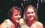 A história de amor entre Letícia Spiller e Marcello Novaes começou durante as gravações da novela Quatro Por Quatro, em 1995. Após cinco anos, eles confirmaram o fim do relacionamento. Apesar disso, os atores são grandes amigos até hoje e exibem fotos juntos com frequência