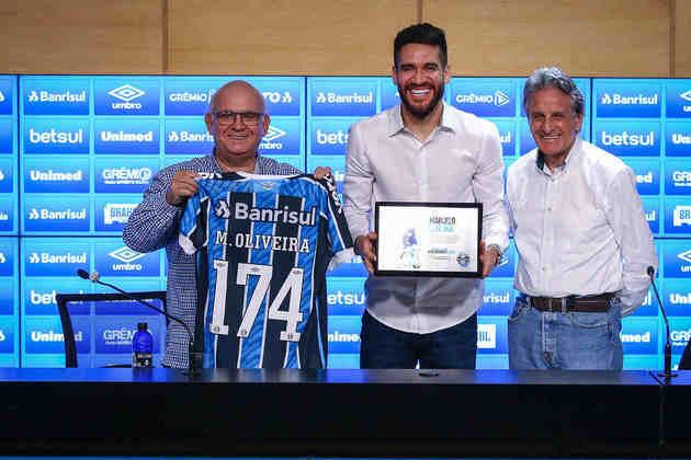 Ex-jogador do Grêmio, Marcelo Oliveira recebeu homenagens do clube gaúcho e está pronto para assumir o cargo de coordenador técnico do Imortal.