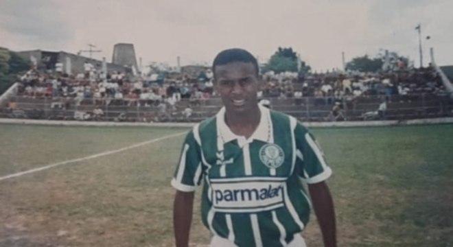 Jovem deixou o Palmeiras por desentendimento com diretor da base