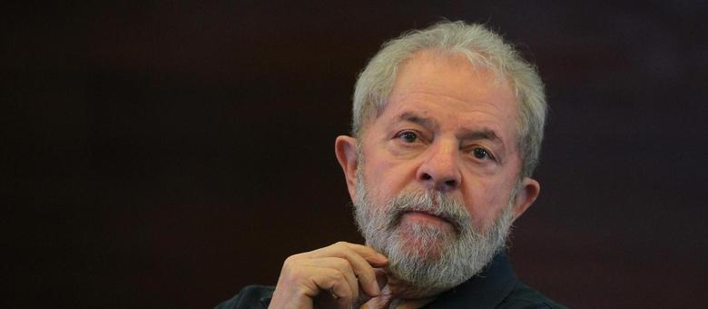 O Lula se enfurece com quem defende a privatização da Petrobras e acha que tudo é dele