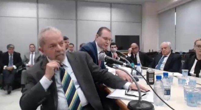 Ex-presidente Lula durante depoimento ao juiz Sérgio Moro em maio de 2017