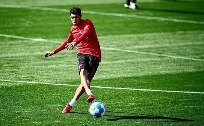 Exequiel Palacios - 22 anos - Bayer Leverkusen - Meio-campista: se destacou no River Plate e foi para o Bayer por 17 milhões de euros em 2020.