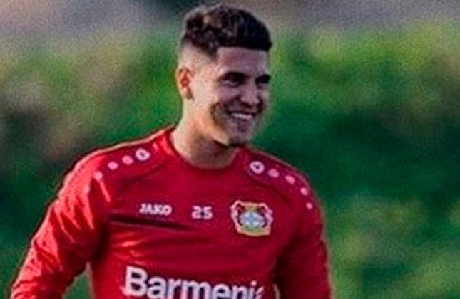 Exequiel Palacios - 22 anos - Meia - Clube: Bayer Leverkusen - País: Argentina - Contrato até: 30/06/2025