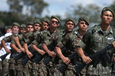 Temer autoriza uso das Forças Armadas nas eleições