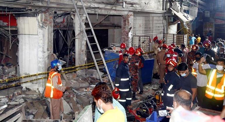 Explosão em prédio comercial matou 7 pessoas e feriu mais de 50 em Bangladesh