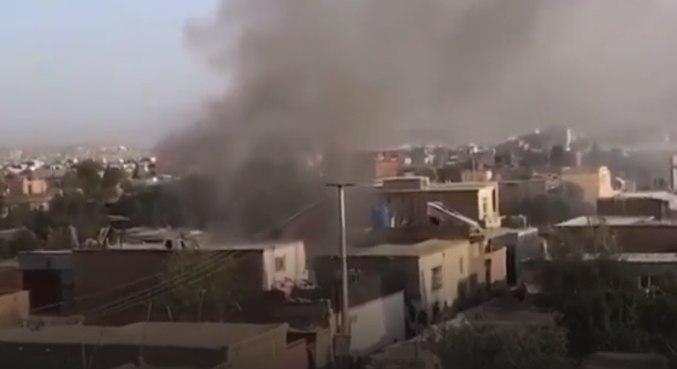 Imagem da explosão registrada pelo vídeo da emissora Al Arabiya