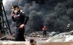 A vítima mortal é um bombeiro voluntário de 19 anos que foiengolido pelas chamas enquanto combatia o incêndio