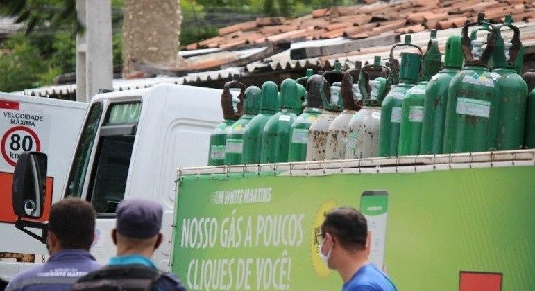 Fábrica explode e Ceará receberá cilindros de oxigênio de outros estados