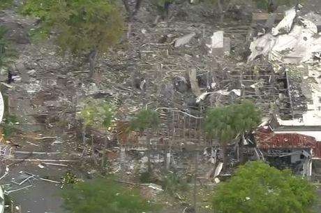Shopping na cidade de Plantation ficou destruído