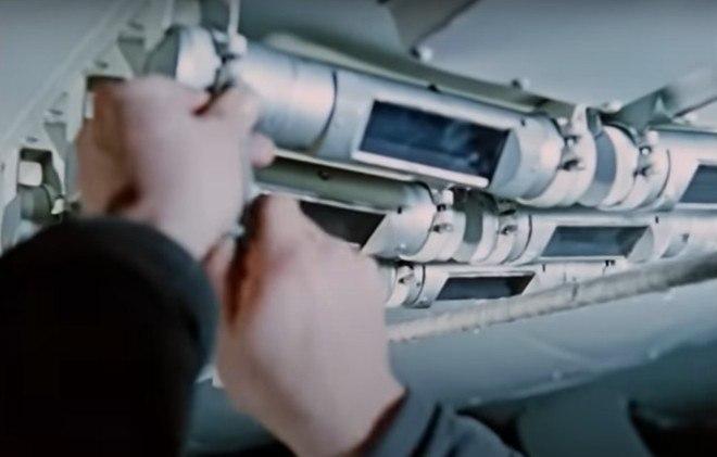 O plano original era de um teste com 100 megatons, mas as autoridades desistiram rápido da ideia, uma vez que os pilotos do avião certamente morreriam e que tal teste causaria um desastre nuclear de proporções desconhecidasCONTINUE POR AQUI:Cientistas treinam cães para detectar coronavírus pelo cheiro