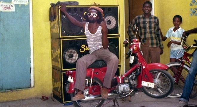 Frente do Jammy Studio, em Kingston, na Jamaica, em 1985