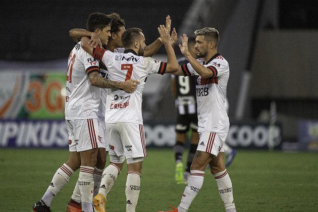Extra: o Flamengo, além de liderar o ranking entre os brasileiros, também é o único time daqui a figurar entre os dez mais mencionados na lista mundial, ocupando a sétima colocação.
