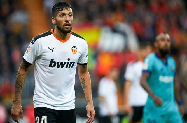 Ezequiel Garay (4,8 milhões de euros): Argentina, zagueiro, 33 anos, último clube: Valencia