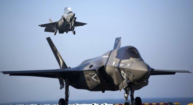 Media Os países árabes estão interessados em armamentos americanos