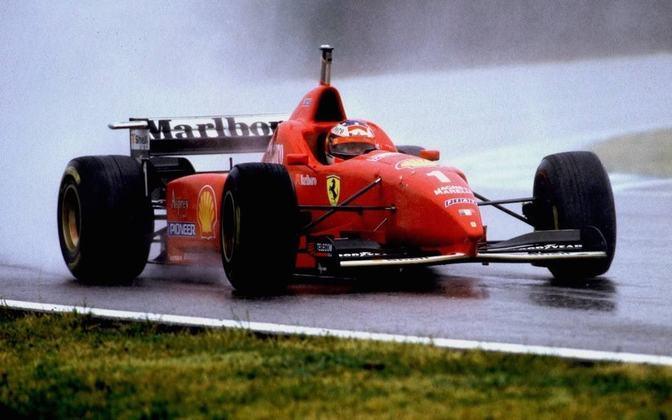 F310: o carro da temporada 1996 não agradava muito aos olhos