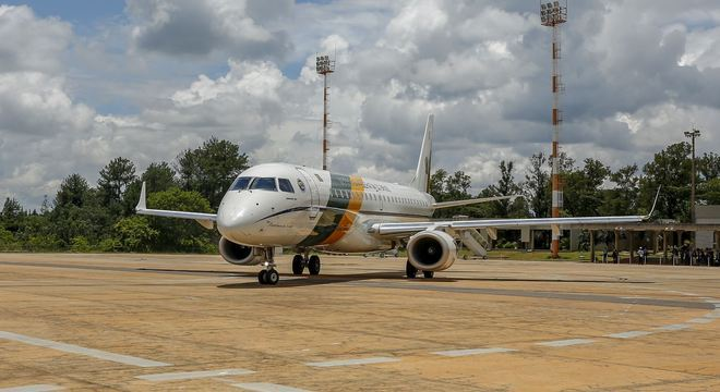 Aeronaves devem chegar neste sábado (8) ao Brasil