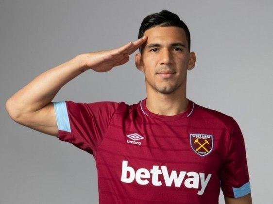 Fabián Balbuena (zagueiro - 29 anos - paraguaio) - Fim de contrato com o West Ham - Valor de mercado: 5 milhões de euros