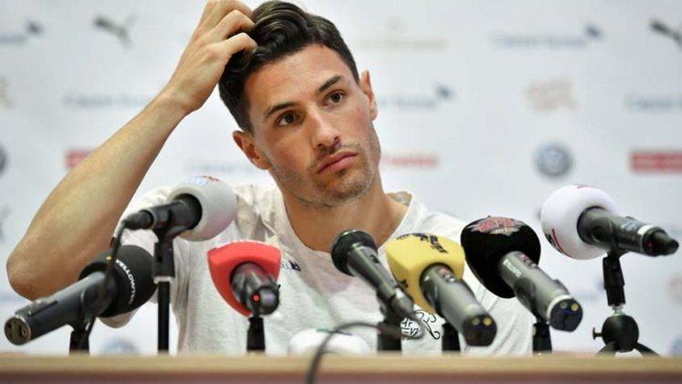 Fabian Schär (29) - Clube atual: Newcastle - Posição: zagueiro - Valor de mercado: 13 milhões de euros.